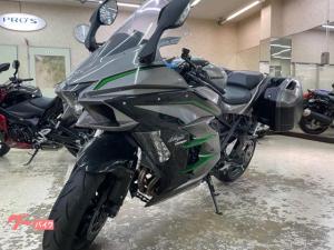 カワサキ/Ninja H2 SX SE+ 純正パニアケース装備