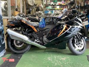スズキ/HAYABUSA1300 グラススパークルブラック/キャンディバーントゴールド 新車