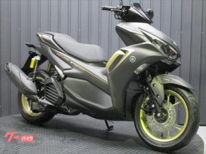 ヤマハ/NVX155 第二世代モデル ゴールドホイール