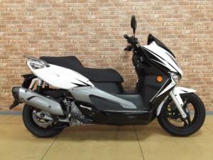 A MOTOR/ELITE250SE