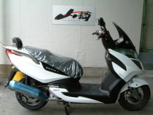 KYMCO/G-DINK125i 日本仕様正規モデル