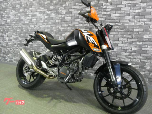KTM/125デューク マフラー社外 フロントカウルパワーパーツ