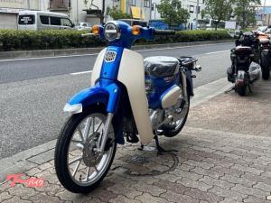 ホンダ/スーパーカブ110 リヤボックス・ヘルメット付