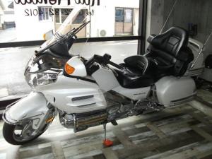 ホンダ/ゴールドウイング GL1800 30周年記念モデル