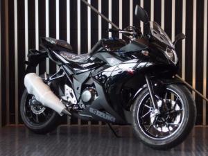 スズキ/GSX250R 現行モデル DN11A ブラック