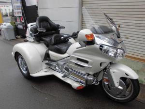 ホンダ/ゴールドウイング GL1800 トライク