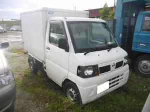 日産 クリッパートラック 冷蔵冷凍車 4WD