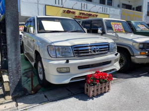 トヨタ ランドクルーザー100 VXリミテッド ディーゼルターボ 純正フロント&サイドスポイラー 4WD