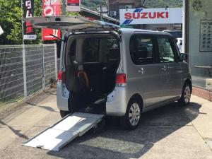 ダイハツ タント 福祉車両 4人乗り エアコン CD CVT