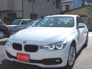 BMW 3シリーズ 318i クラシック 200台限定車・サテンアルミニウムウィンドウモールディング・17インチダブルスポークスタイリング395アロイホイール・ベネトベージュSensatecシート・禁煙1オーナー