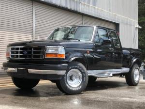 フォード F-150 XLT 4WD ベンチシート 新車並行 実走行