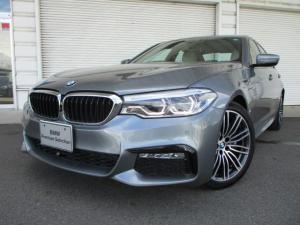 BMW 5シリーズ 530e MスポーツPHEVオイスター革19AW認定中古車