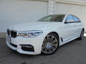 BMW 5シリーズ 523d MスポーツイノベーションP禁煙1オナ認定中古車