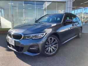 BMW 3シリーズ 318iツーリング Mスポーツ LEDヘッドライト ライブコックピットナビ パーキングアシストプラス ワイヤレス充電 18AW 禁煙