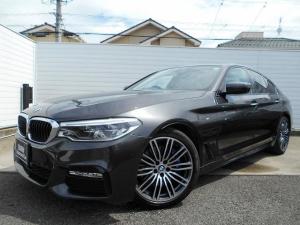 BMW 5シリーズ 530i Mスポーツ 黒レザーシート 19AW Mブレーキ コンフォートシート LEDヘッドライト ドラレコ&レーダー 禁煙