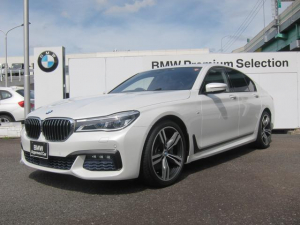 BMW 7シリーズ 740i Mスポーツ レーザーライト サンルーフ ソフトクローズドア