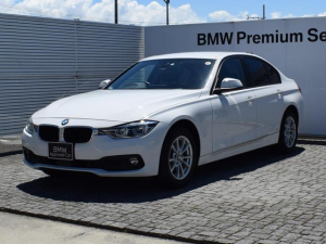 BMW 3シリーズ 320d 純正ナビ Bカメラ アクティブクルーズコントロール SOSコール 並走車両警告 コンフォートアクセス 後PDC 電動シート 社外ドラレコ ETC2.0 LEDヘッドライト Bluetooth 16AW