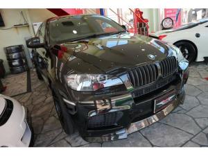 BMW X6 M  4.4 4WD ブレンボ アクラポ フォージド製22AW 2オーナー車輛 カーボンFスポーラー KW車高調バージョン3 LED白 イカリング サンルーフ レザーシート 純正ナビ カーボンRデフューザー