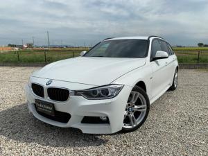 BMW 3シリーズ 320dブルーパフォーマンス ツーリング Mスポーツ 禁煙車 デイライトコーディング済み