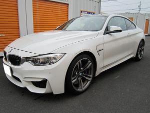 BMW M4 M4クーペ 1オーナ 7速DCT インテリジェントセーフティ 赤革 19インチホイール ヘッドアップディスプレイ ETC HDDナビ 地デジ カーボンルーフ カーボンプロペラシャフト カーボンインテリア
