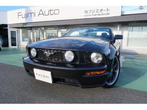 フォード マスタング V8 GT convertible 黒革 20インチ