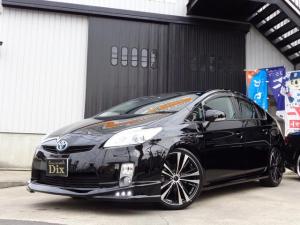 トヨタ プリウス S 新品黒革調Sカバー新品黒木目調パネル6連エアロ19AW