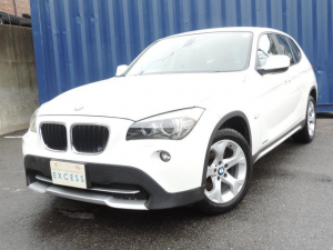 BMW BMW X1 sDrive 18i 純正HDDナビ DVD再生 HID