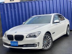 BMW 7シリーズ 750i 左ハンドル・純正ナビ・地デジ・Bカメラ・ブラックレザー・エアシート・サンルーフ・LEDヘッドライト・レーダークルーズ・インテリジェントセーフティ・コンフォートアクセス・イージークローズドア