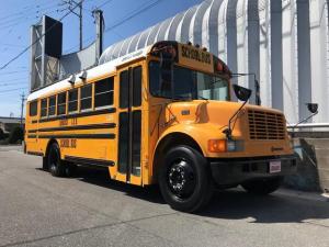 アメリカその他 インターナショナルUSAスクールバス キッチンカー