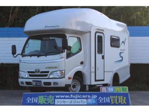 トヨタ カムロード ベースグレード キャンピング ファンルーチェ製 ヨセミテ 2段ベッド 8名乗車6名就寝 サブバッテリー シンク 冷蔵庫 走行充電 外部充電&電源 ルーフベント テーブル 給排水タンク