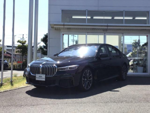 BMW 7シリーズ 740i Mスポーツ 20インチ レザーフィニッシュ