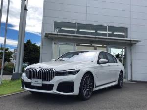 BMW 7シリーズ 745e Mスポーツ サンルーフ・本革