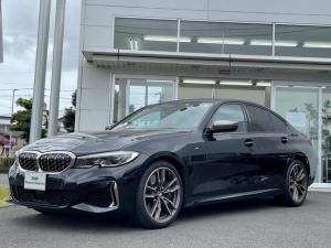 BMW 3シリーズ M340i xDrive 当社下取ワンオーナー車・パーキングサポートパッケージ・レーザーライト・黒革シート・電動シート・シートヒーター・純正19インチAW・全周囲カメラ・ヘッドアップディスプレイ・アクティブクルーズコントロール
