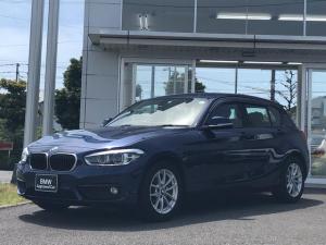 BMW 1シリーズ 118i 後期モデル・当社下取ワンオーナー車・LEDヘッドライト・パーキングサポートパッケージ・フォグランプ・純正16インチアルミ・バックカメラ・ミラーETC・CD