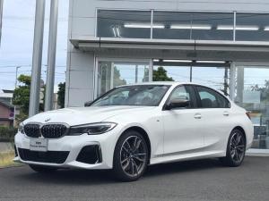 BMW 3シリーズ M340i xDrive 全方位カメラ・LEDヘッドライト・ヘッドアップディスプレイ・電動シート・茶革・ACC・TV・弊社デモアップ