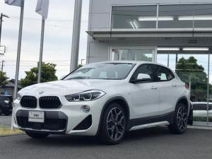 BMW X2 sDrive 18i MスポーツX 当社試乗車UP・純正19インチアルミ・スポーツシート・シートヒーター・電動リヤゲート・LEDヘッドライト・ヘッドアップディスプレイ・バックカメラ・ミラーETC・アクティブクルーズコントロール