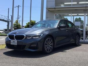 BMW 3シリーズ 320d xDrive Mスポツエディションジョイ+ 当社試乗車UP・コンフォートパッケージ・アンビエントライト・純正18インチアルミ・全周囲カメラ・電動トランク・LEDヘッドランプ・10スピーカー・アクティブクルーズコントロール・ミラーETC