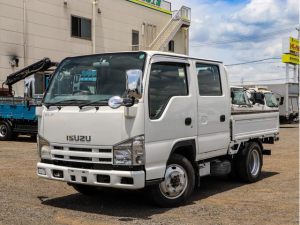いすゞ エルフトラック  4WD 1.5t Wキャブ 平ボディ 5MT 全低床