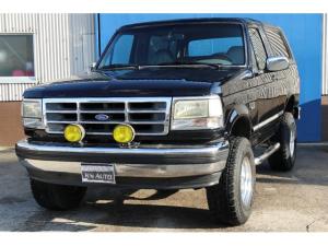 フォード ブロンコ XLT 5インチリフトアップ グレーレザーシート