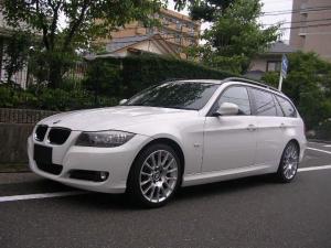 BMW 3シリーズ 320iツーリング ナビ ワンセグ地デジテレビ バックモニター 純正18インチアルミホイール ETC リアガラススモークフィルム