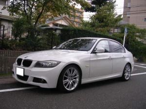 BMW 3シリーズ 320i Mスポーツパッケージ ナビ TV バックカメラ ETC Mスポーツ純正アルミホイール スマートキー プッシュスタート
