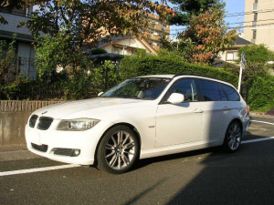 BMW 3シリーズ 320iツーリング ナビ ETC バックカメラ TVチューナー