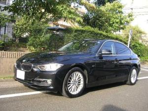 BMW 3シリーズ 320iラグジュアリー 純正ナビ バックカメラ ブラックレザー シートヒーター サンルーフ 純正アルミホイール コンフォートアクセス パワーシート