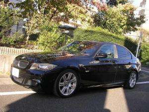 BMW 3シリーズ 320i Mスポーツパッケージ HDDナビ パワーシート 禁煙車 コンフォートアクセス ミラーインETC