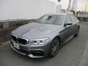 BMW 5シリーズ 530e Mスポーツアイパフォーマンス ACC 車線逸脱警告