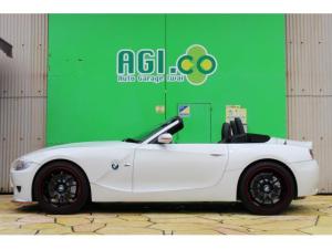 BMW Z4 Mロードスターシルキーシックス6速MT ADVAN19AW