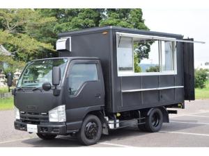 いすゞ エルフトラック キッチンカーベース 大型開口 4枚窓 跳ね上げ扉 4WD