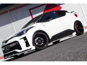トヨタ C-HR S GRスポーツ スリーピース新車コンプリート ノブレッセver.エアロ&ウイング&マフラー RAYS19インチ ブリッツ車高調