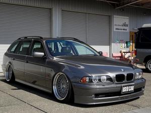 BMW 5シリーズ 530iツーリングハイライン エアサスキット WORK19