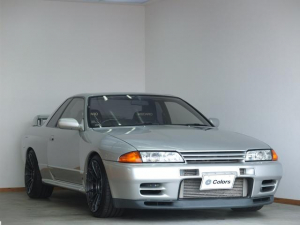 日産 スカイライン GT-R RECAROシート/ENKEI18インチAW/Veilsideマフラー/TEIN車高調/momoステアリング/ETC